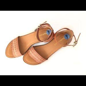 Steve Madden heeled brown sandals - brand new